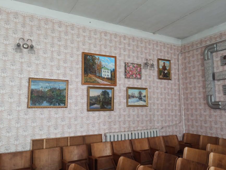 Колекцію художніх картин збирають у Козелецькій музичній школі (Фото)