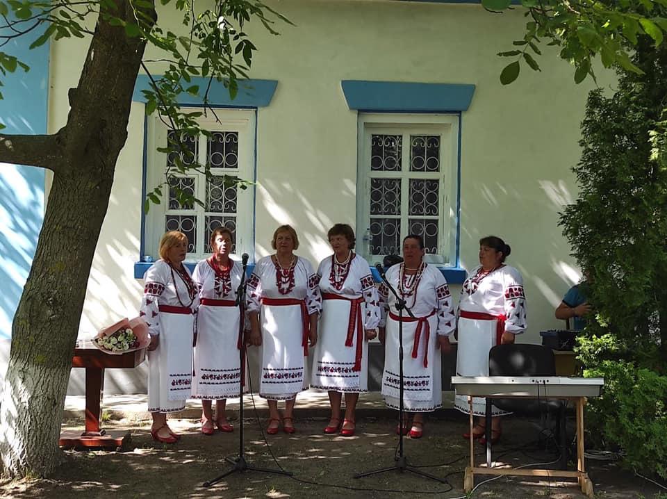 Інтелігенція з усієї України завітала на Чернігівщину (Фото)