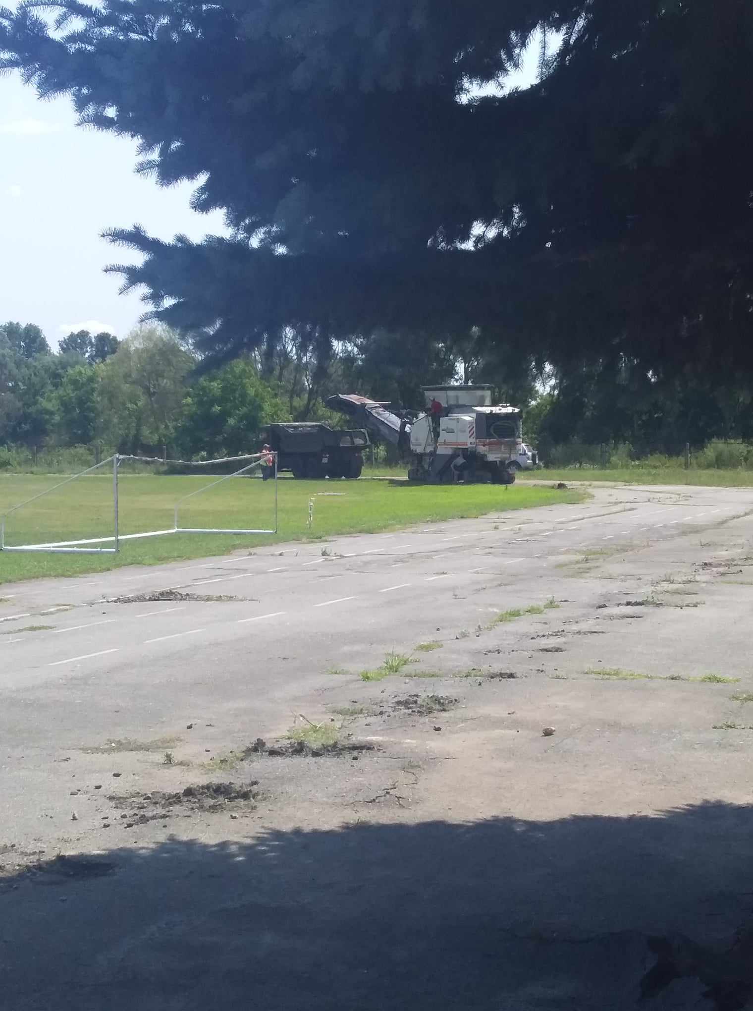 У Носівці розпочався ремонт стадіону (Фотофакт)