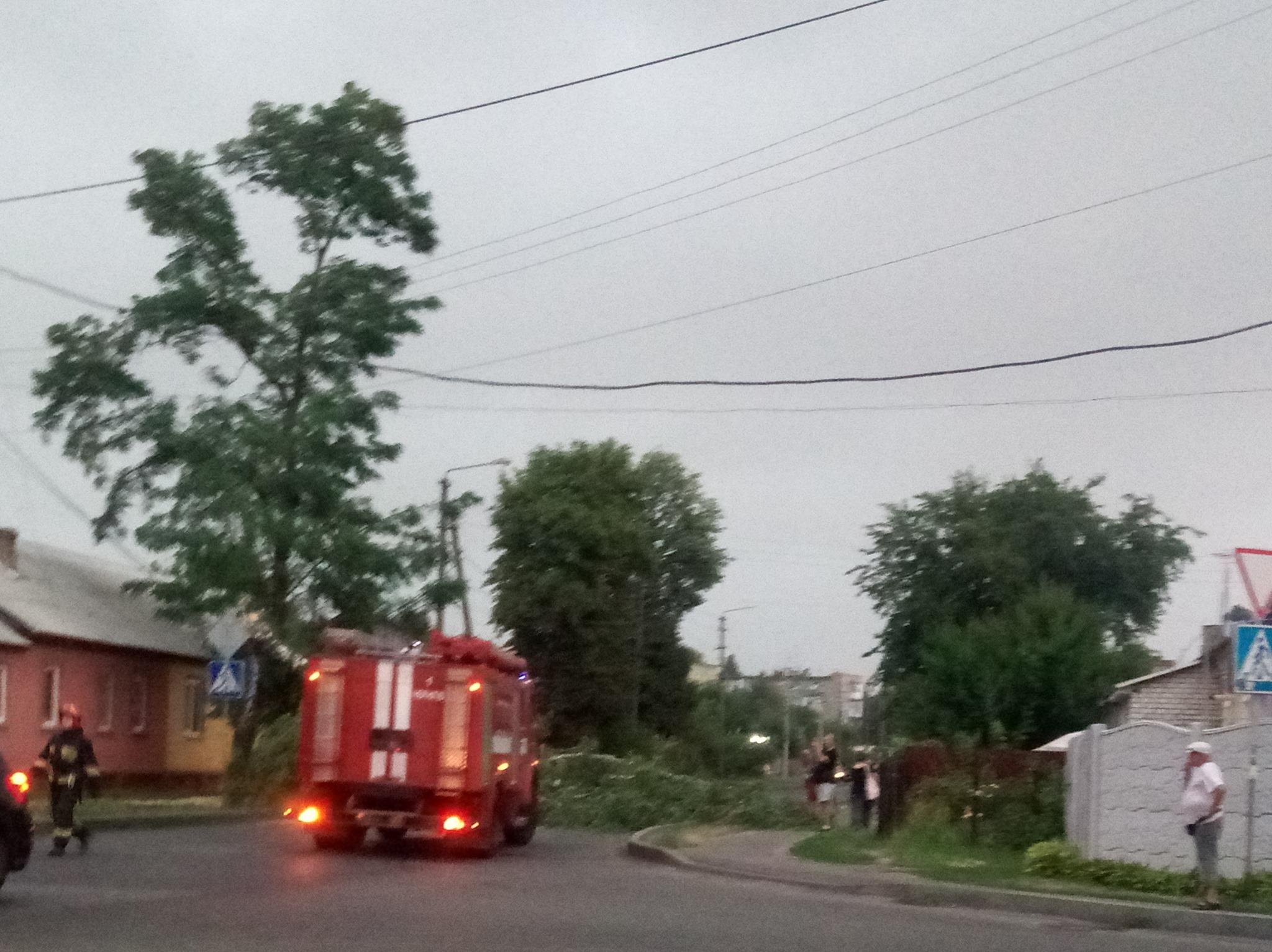 Чернігів у воді: наслідки зливи (Фото, відео)