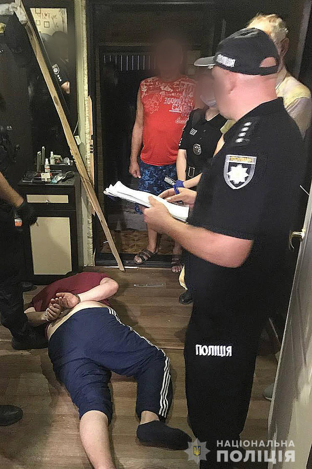 У Чернігові 54-лічтній чоловік намагався зґвалтувати 13-річну дівчинку (Фото)