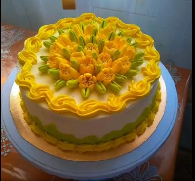 Жителька Стольного пече неймовірні торти (Відео)