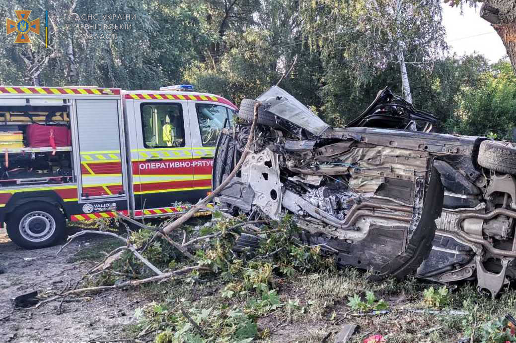 У Прилуцькому районі насмерть розбився водій BMW (Фото)