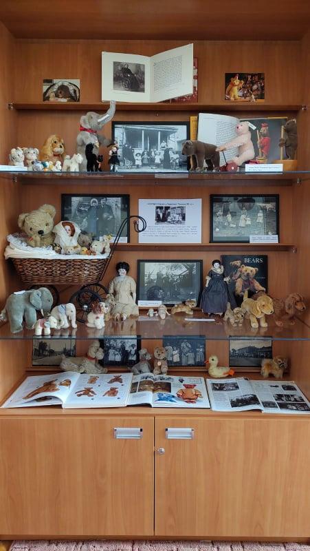 Уперше в Чернігові експонують виставку старовинних ляльок із приватної колекції